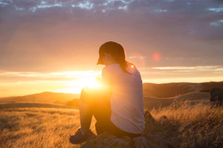 13 Comforting Bible Verses About Healing