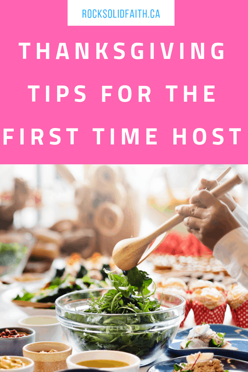 Thanksgiving tips for the first time host. Plan a stree free thanksgiving. #thanksgiving #thanksgivingtable #thanksgivingdecorations #thanksgivingcrafts first time host