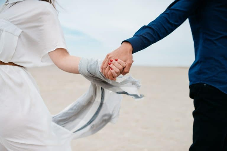 Letting God Guide Your Relationship: 7 Godly Dating Principles